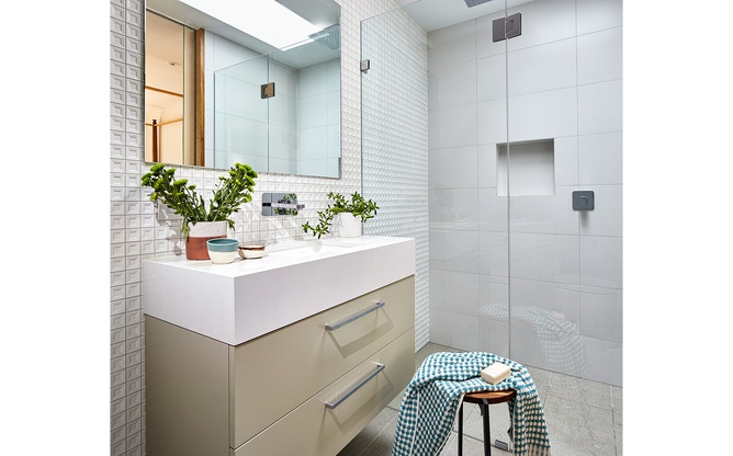 Toorak home bathroom 2 overview
